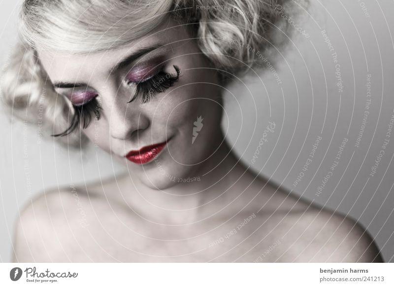 Wollust #1 Mensch Jugendliche schön Erwachsene feminin Kopf Junge Frau blond außergewöhnlich elegant 18-30 Jahre ästhetisch Vertrauen Locken Leidenschaft Kosmetik