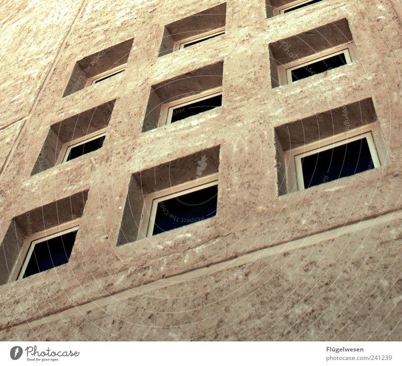 Windows 9 Wohnung Haus Stadtzentrum Stadtrand Fußgängerzone Einfamilienhaus Hochhaus Industrieanlage Mauer Wand Beton Glas Schutz Hoffnung Architektur Fenster