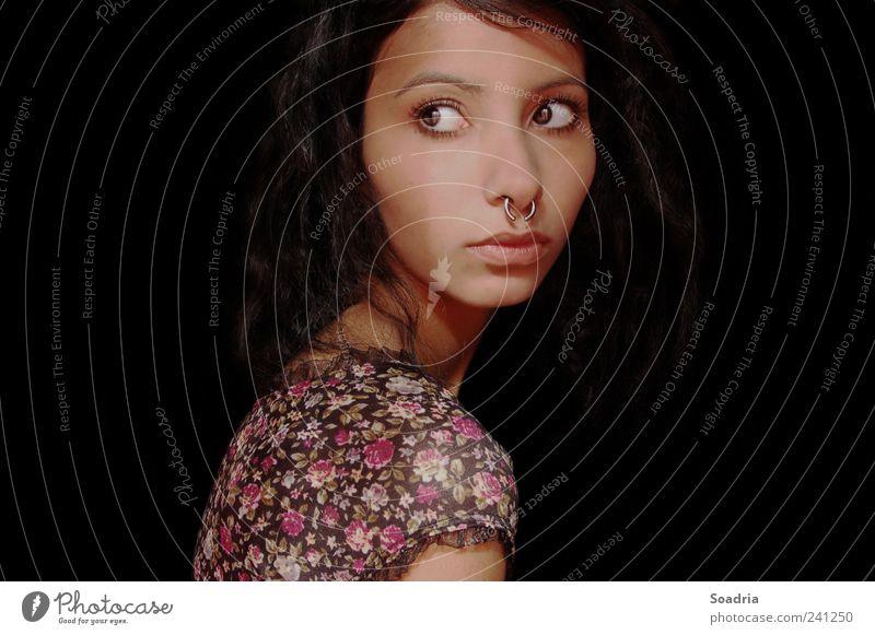 Take Me Away... Mensch Frau Jugendliche schön Einsamkeit ruhig Gesicht Erwachsene Erholung Auge feminin Gefühle Traurigkeit Denken Junge Frau 18-30 Jahre