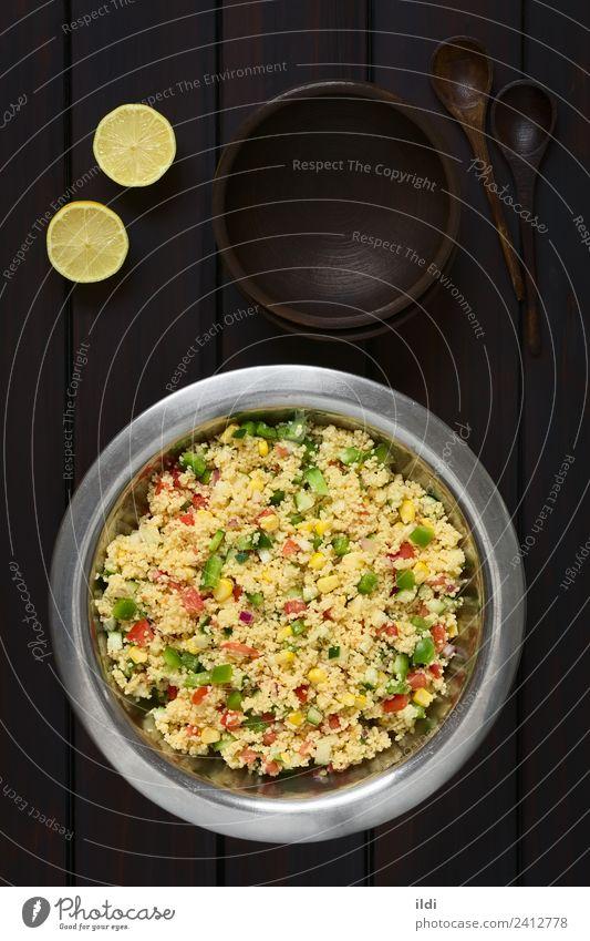 Speise Gesundheit Gemüse Mahlzeit Vegetarische Ernährung Salatbeilage Tomate vertikal rustikal roh Weizen Snack Zwiebel Grieß