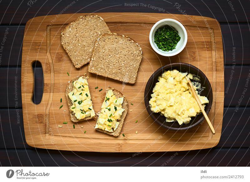 Speise offen frisch kochen & garen Frühstück Brot Mahlzeit Scheibe Salatbeilage horizontal geschnitten rustikal Snack Belegtes Brot Schnittlauch Protein