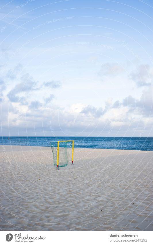 Feierabend beim SC S. Himmel blau Ferien & Urlaub & Reisen Sommer Meer Strand Ferne Küste Sand hell Horizont Freizeit & Hobby Schönes Wetter Nordsee