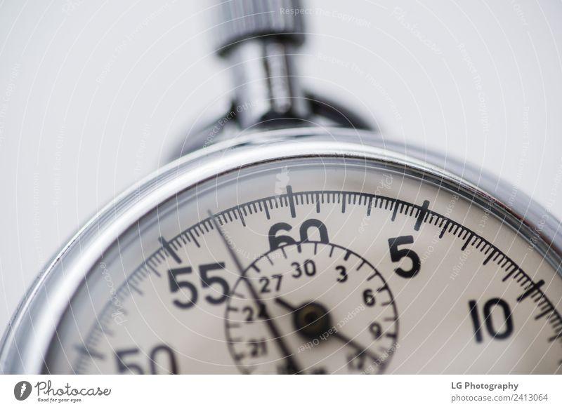 Stoppuhr, Nahaufnahme Uhr Sport Business alt beobachten Geschwindigkeit schwarz weiß Beginn Ende Genauigkeit Präzision Zeitschaltuhr Ausschnitt Aufzeichnen
