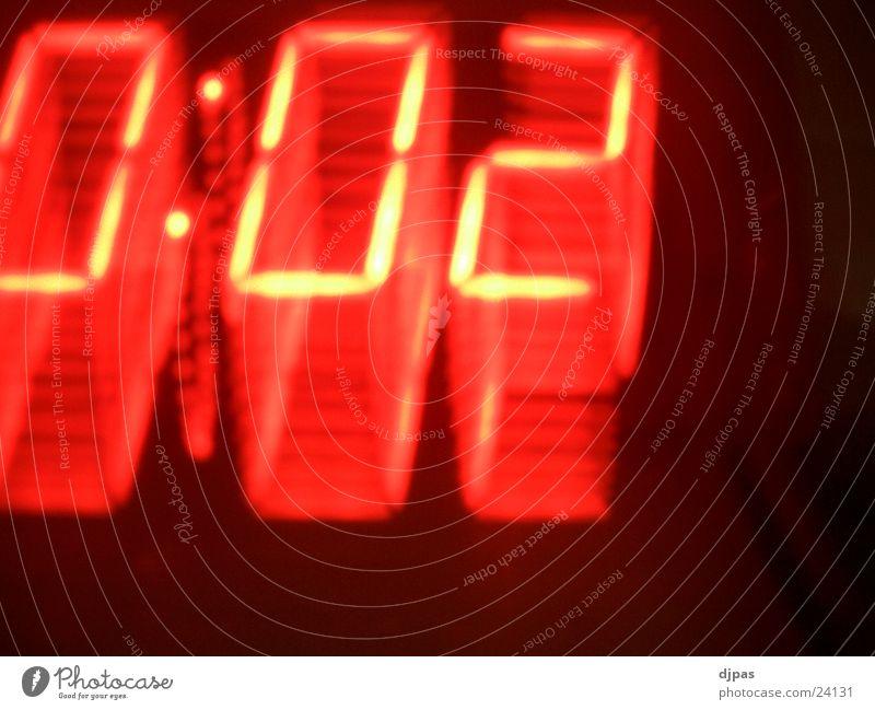 Warp 0:02 Bewegung Zeit Uhr dreidimensional Digitaluhr