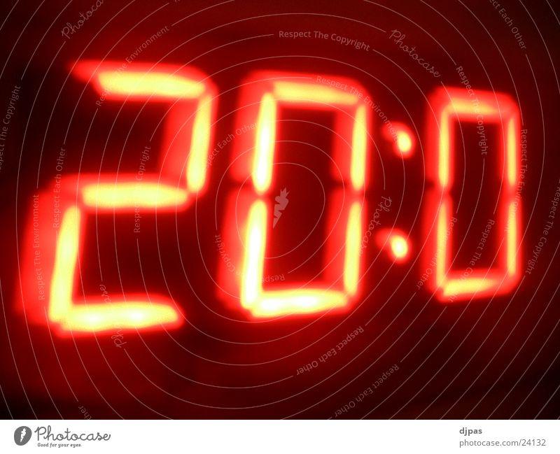 Warp 20:0 Zeit Uhr dreidimensional Digitaluhr