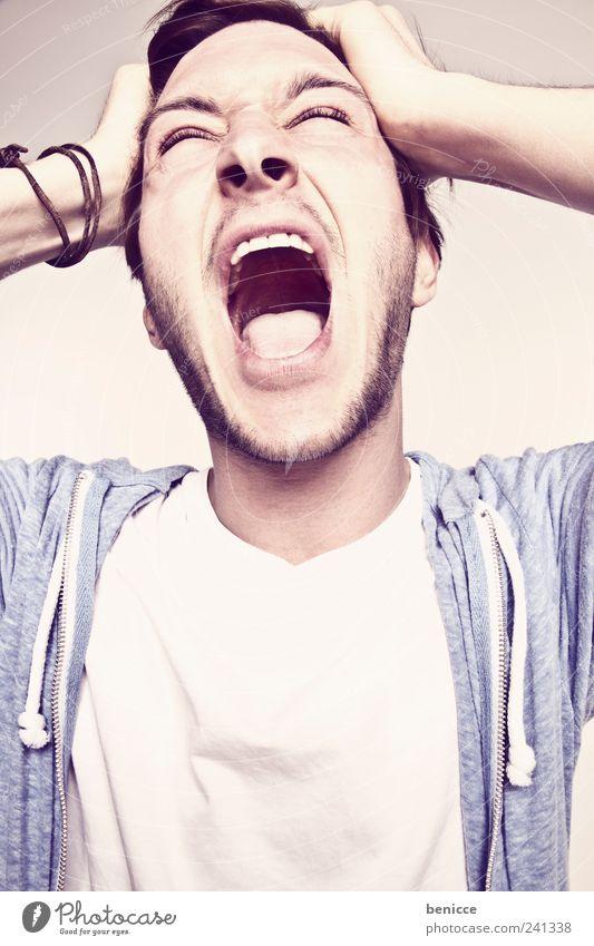 ahh Mann Mensch Jugendliche schreien Wut böse Frustration Porträt Nahaufnahme durchdrehen Freude lachen Glück übertrieben Zähne Mund offen 18-30 Jahre skurril