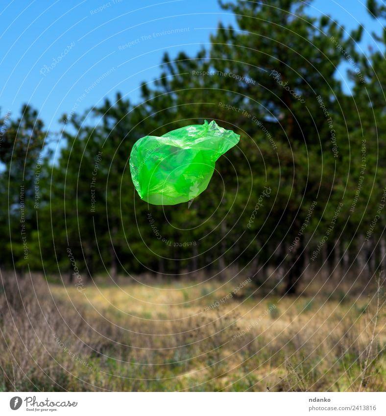 Müllsackfliegen Sommer Umwelt Natur Landschaft Wind Baum Wald Kunststoffverpackung Sack natürlich Sauberkeit blau grün Umweltverschmutzung Umweltschutz Tasche