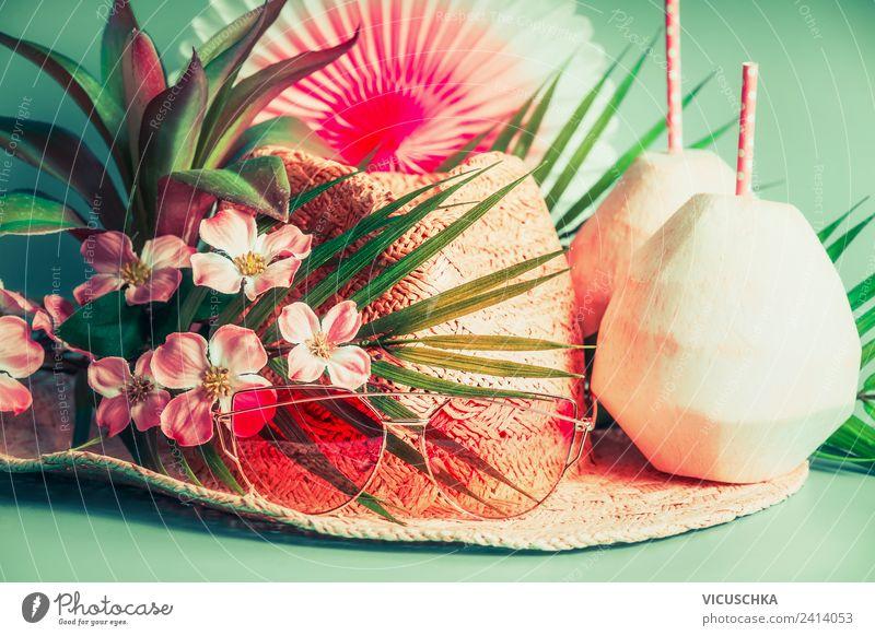 Strohhut, Kokosnuss Getränke, Sonnenbrillen und Palmenblätter Erfrischungsgetränk Stil Ferien & Urlaub & Reisen Tourismus Sommer Strand Accessoire Hut rosa