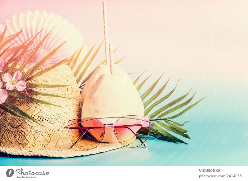 Sommer Strand Party Ferien & Urlaub & Reisen Blume Freude Stil Design Dekoration & Verzierung Getränk Frieden Sonnenbrille Erfrischungsgetränk Cocktail