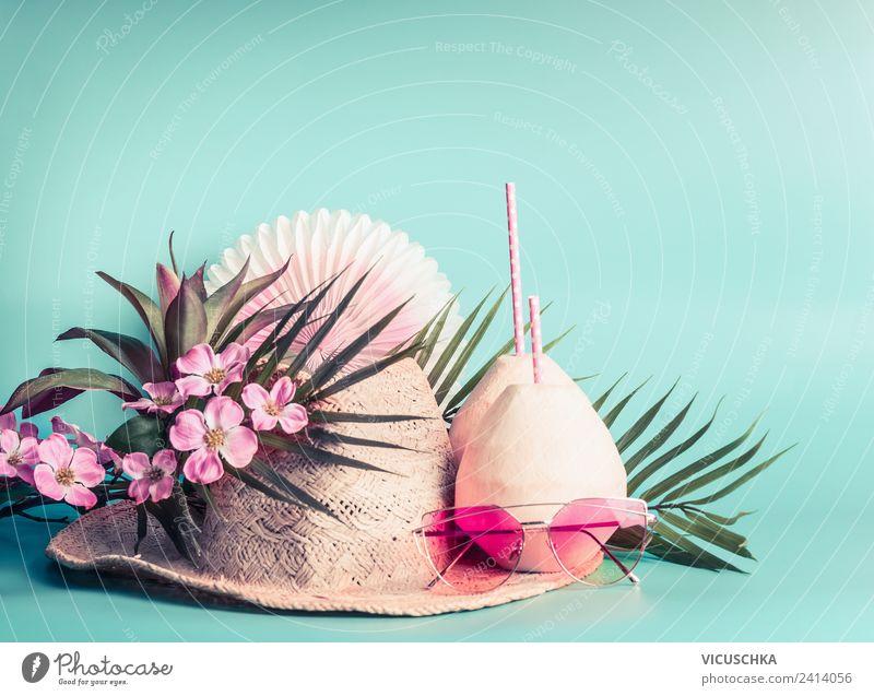 Strohhut, Kokosnussgetränke, Sonnenbrillen und Palmblätter Ferien & Urlaub & Reisen Sommer Strand Lifestyle gelb rosa Design Abenteuer Getränk Sommerurlaub Hut