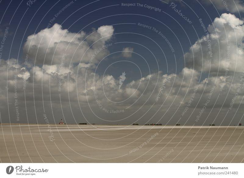 Sky and sand weiß Meer blau Sommer Strand Ferien & Urlaub & Reisen Haus Wolken Ferne Erholung Bewegung Freiheit Sand hell Wind Umwelt