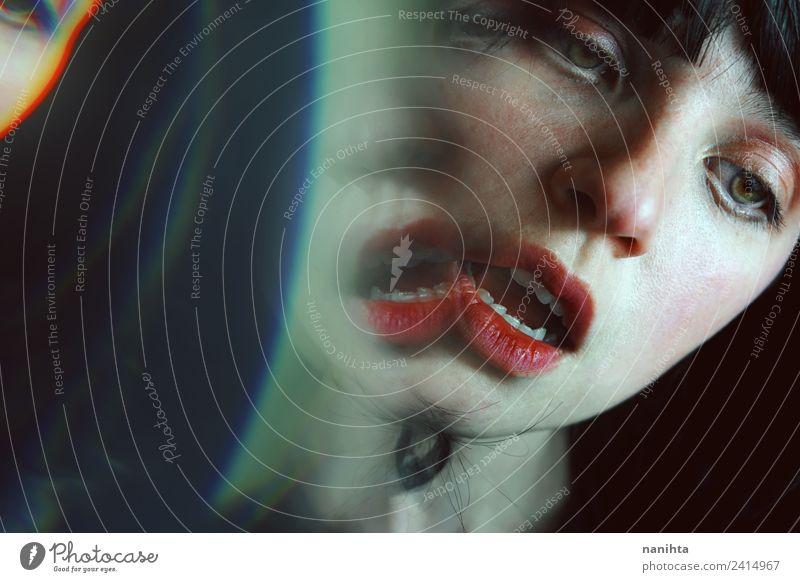 Surrealistisches Porträt einer jungen brünetten Frau Design exotisch schön Haut Gesicht Lippenstift Mensch feminin Junge Frau Jugendliche 1 18-30 Jahre