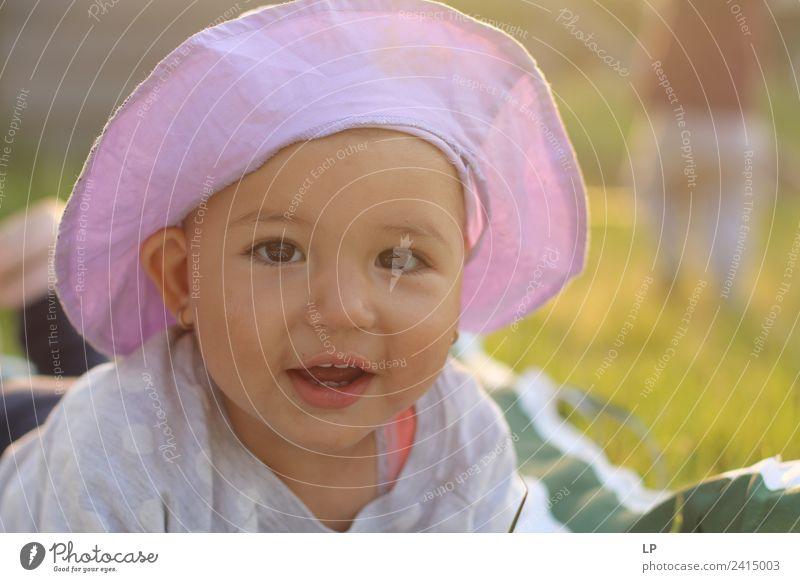 Schönes Baby Lifestyle Freude Muttertag Kindererziehung Bildung Mensch Eltern Erwachsene Geschwister Familie & Verwandtschaft Kindheit Leben genießen Gefühle