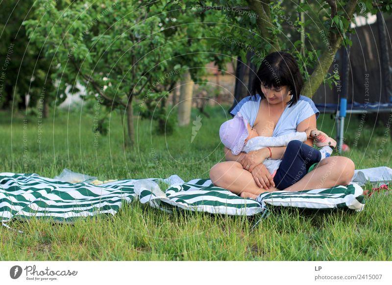 Frau Kind Mensch Jugendliche Gesunde Ernährung Junge Frau schön Erholung ruhig Gesundheit Lebensmittel Essen Lifestyle Erwachsene Gefühle