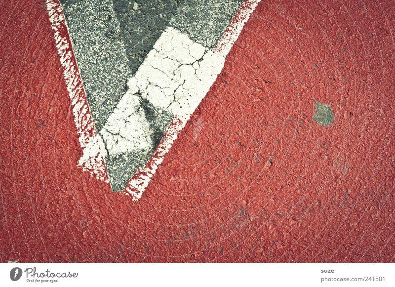 Rückzug Platz Verkehr Straße Schilder & Markierungen alt Spitze grau rot weiß Ecke Asphalt Hintergrundbild Linie Riss umkehren Wendepunkt Haken Farbfoto