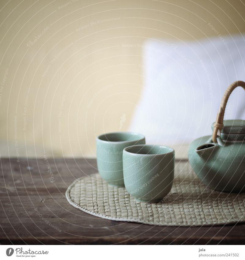 tee... Getränk Heißgetränk Tee Geschirr Teekanne Häusliches Leben Wohnung Sessel Tisch Erholung Innenaufnahme Menschenleer Textfreiraum oben Tag