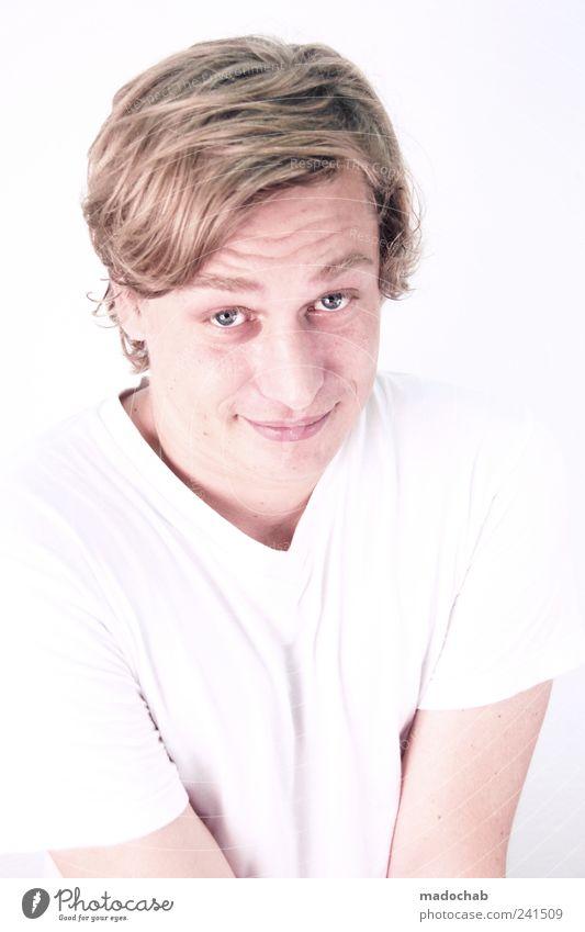 Portrait junger Mann Blickkontakt Lifestyle schön Mensch maskulin Junger Mann Jugendliche Erwachsene Leben Gesicht 1 18-30 Jahre Solidarität dankbar Glaube