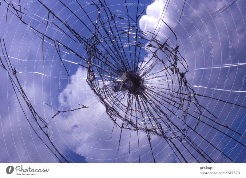 Crossgolfen mit Calvin Urelemente Himmel Wolken Schönes Wetter kalt Nervosität Volksglaube Wut Ärger Aggression Gewalt protestieren unschuldig Fenster Glas