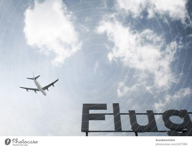 Guten... Himmel blau Ferien & Urlaub & Reisen Wolken Flugzeug fliegen frei Verkehr Luftverkehr Schriftzeichen Flugzeugstart Tragfläche Flughafen Abschied