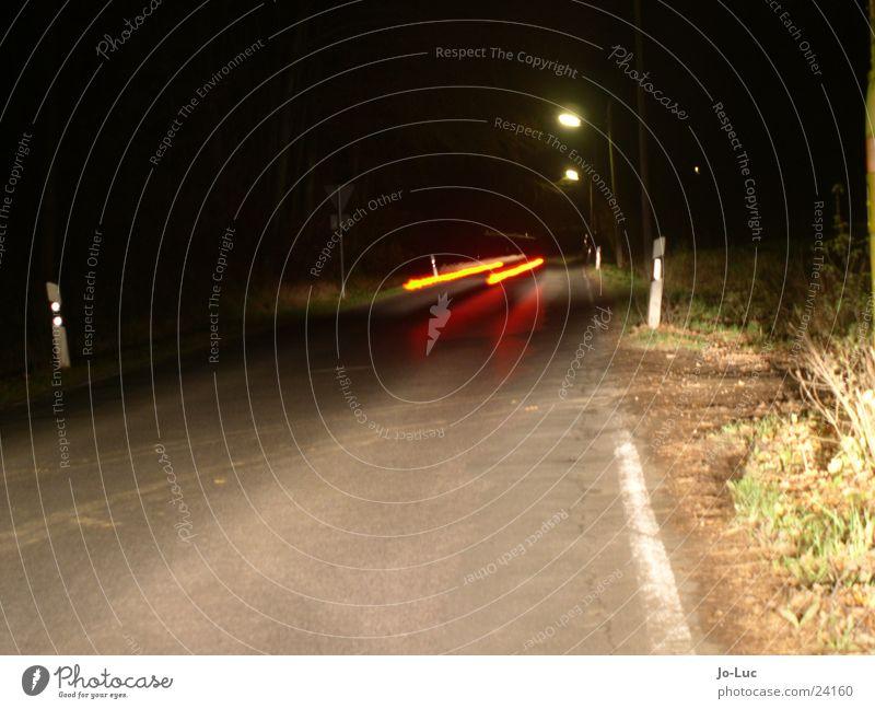 stop it! Nacht Licht Langzeitbelichtung Verkehr PKW Straße Scheinwerfer Bremse