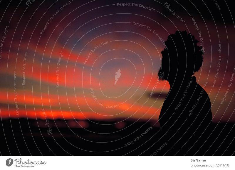 166 [allein gelassen] Tourismus Sommer Meer Arbeitslosigkeit maskulin Mann Erwachsene Leben Mensch Subkultur Wolken Küste Rastalocken Afro-Look Bart dunkel