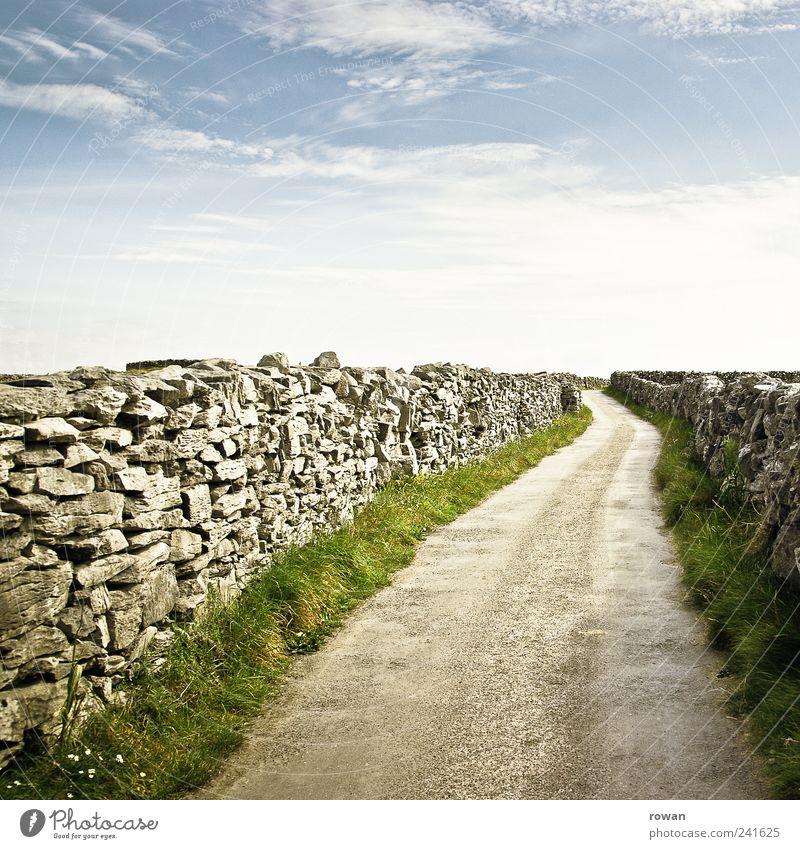 feldweg wandern Erholung Tourismus Wege & Pfade Ferne Fußweg Republik Irland Stein Horizont Spaziergang Ziel Farbfoto Außenaufnahme Menschenleer