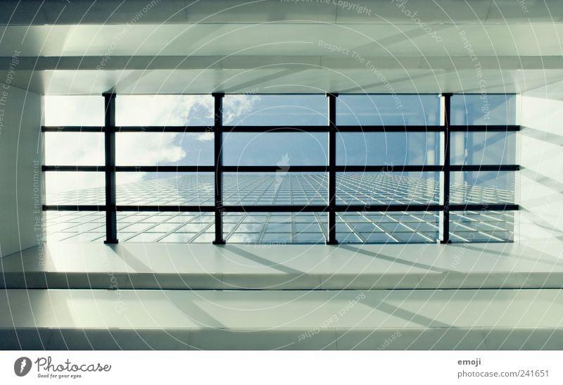 Messeturm Basel Himmel blau Fenster Gebäude Architektur Hochhaus Ordnung Schönes Wetter Symmetrie Höhe Sehenswürdigkeit