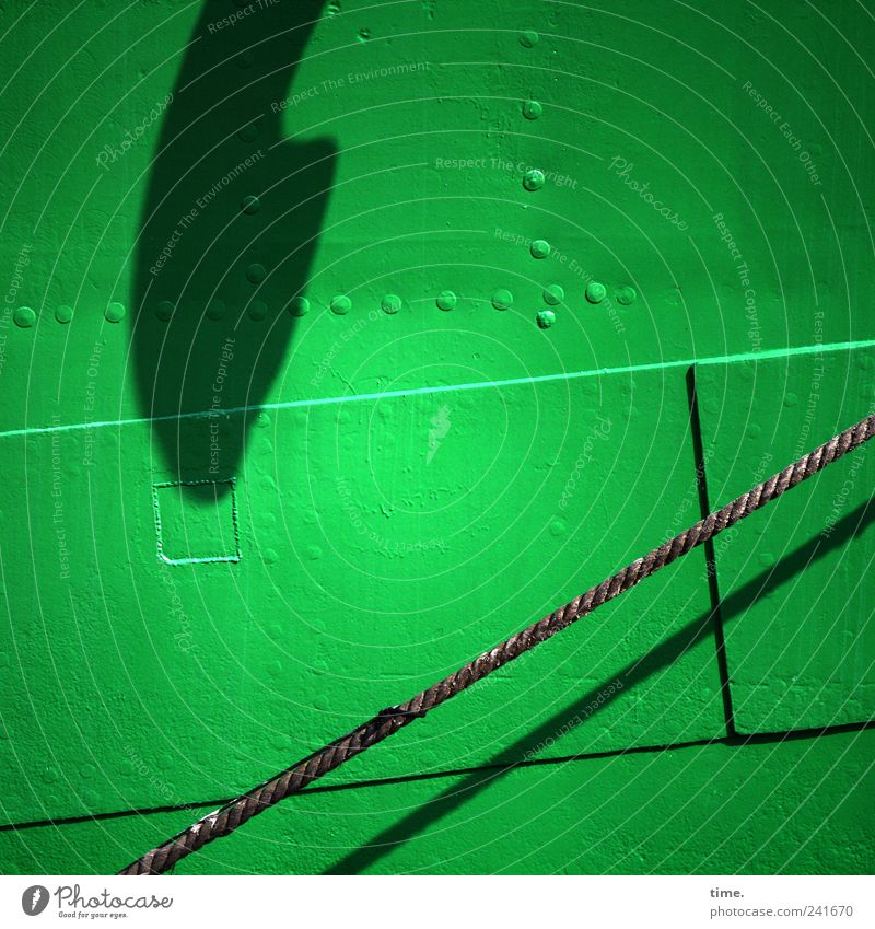 Seemannsgarn Bordwand grün Seil Tau Naht Schatten Sonnenlicht aufwärts Metall Wasserfahrzeug Niete parallel