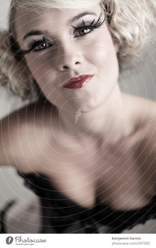 Wollust #3 Mensch Jugendliche schön Erotik feminin Kopf Erwachsene Romantik Lust Locken langhaarig Wimpern Begierde Junge Frau 18-30 Jahre