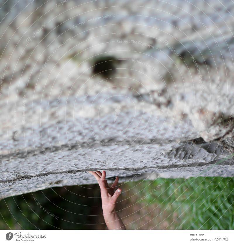 mit links. Mensch Natur Hand Ferien & Urlaub & Reisen Pflanze Leben Landschaft Berge u. Gebirge grau Stein Erde Kraft Freizeit & Hobby Felsen Finger Klettern