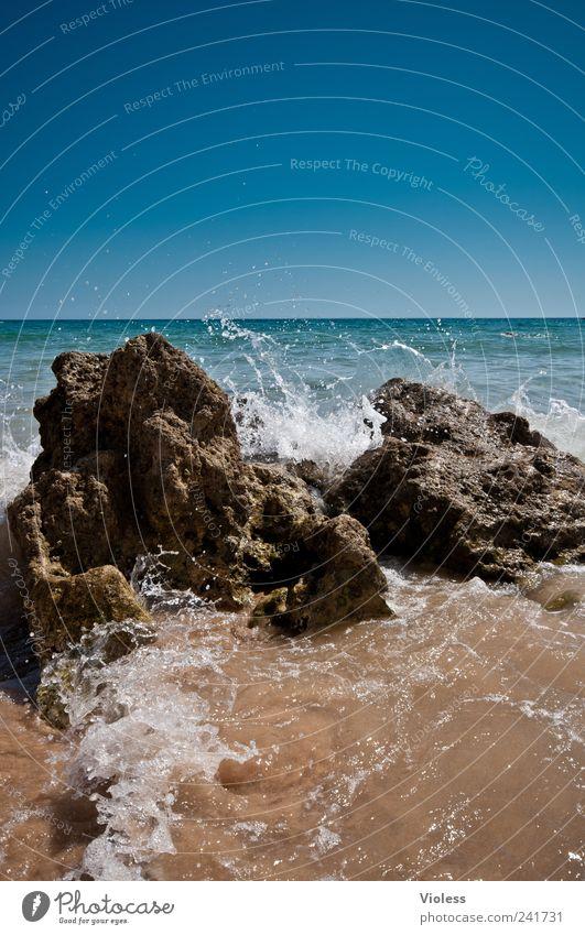 Splash III Landschaft Sand Wasser Wassertropfen Strand Schwimmen & Baden entdecken Erholung Portugal Algarve Gale Vale Parra Brandung Erfrischung Farbfoto