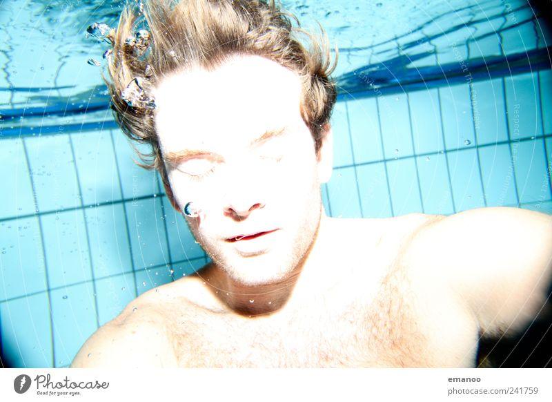 waterman Mensch Mann blau schön Wasser Erholung Freude Gesicht kalt Erwachsene Stil Lifestyle Haare & Frisuren Schwimmen & Baden Kopf hell