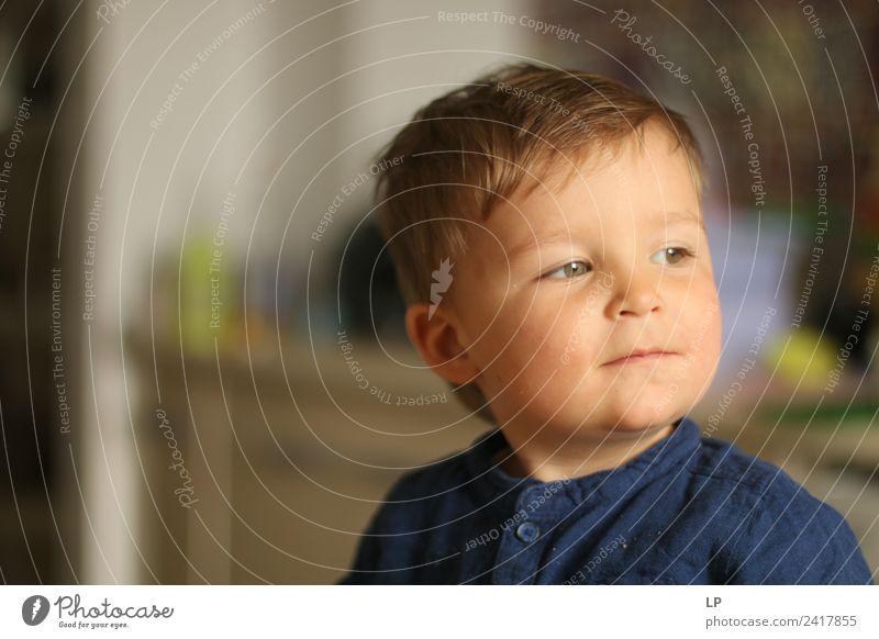 Kind Mensch ruhig Freude sprechen Gefühle Stimmung Zufriedenheit Kraft Fröhlichkeit Erfolg Baby Coolness Bildung Vertrauen Mut