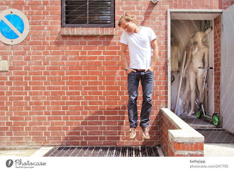 fashion victim Mensch Erwachsene Tod springen Stil elegant Schilder & Markierungen maskulin Design schlafen Beruf Lifestyle Bekleidung Autotür T-Shirt Jeanshose