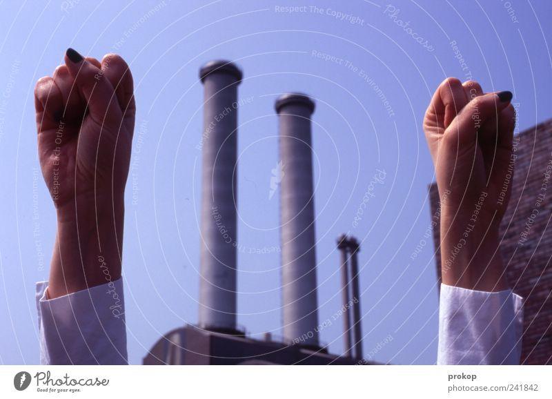Frauenpower Hand Business Kraft groß Energie modern Erfolg Wachstum einzigartig Fabrik Wut Idee Leidenschaft Mut positiv Schornstein