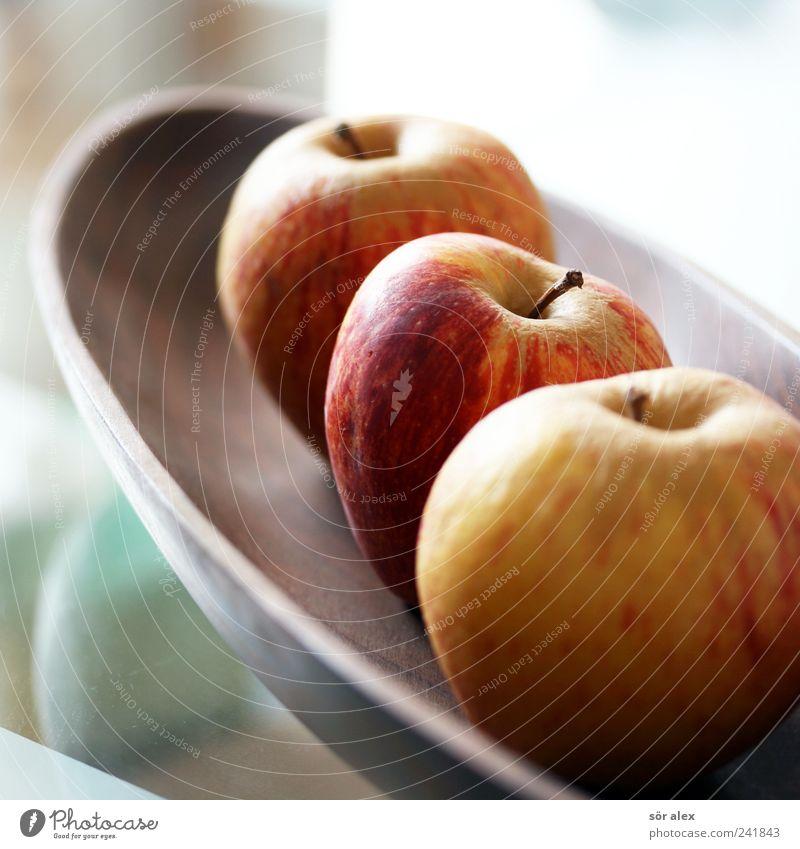 frisch dekoriert rot Gesunde Ernährung gelb natürlich Foodfotografie Gesundheit Lebensmittel braun Frucht Ernährung süß rund Bioprodukte Apfel Stillleben Schalen & Schüsseln