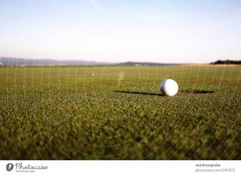 Handicap 2 Sport Spielen Stil Freizeit & Hobby elegant ästhetisch Golf Willensstärke Golfplatz Enttäuschung diszipliniert Golfloch Golfball Golfturniere