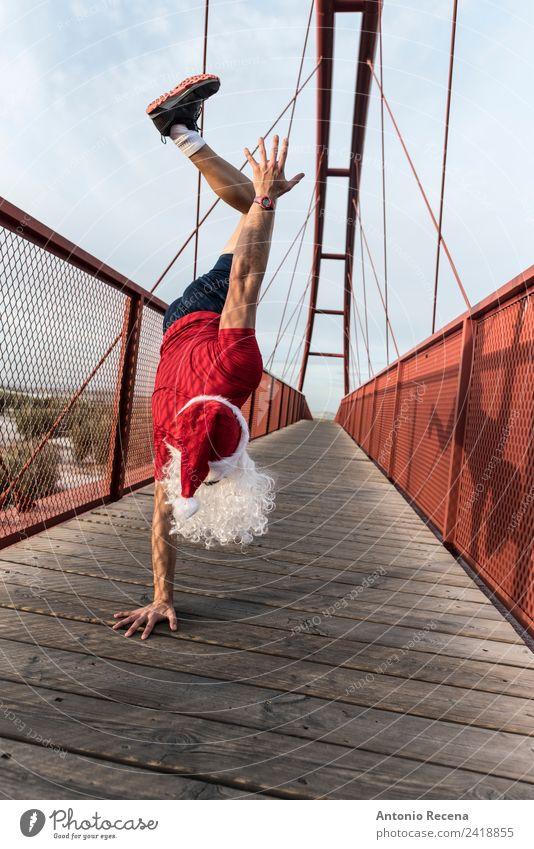 passender Weihnachtsmann Weihnachten & Advent Sport Mann Erwachsene Hand 18-30 Jahre Jugendliche Brücke Fußgänger Eisenbahn Vollbart Fitness sportlich