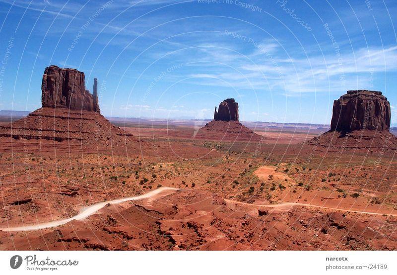 monument valley [2] Park groß Felsen Macht USA Amerika Blauer Himmel Nationalpark Western Weste beeindruckend Monument Valley Südwest