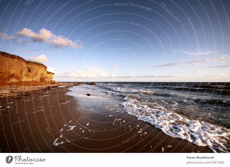 zwischen Himmel und Erde ist Wasser Ferien & Urlaub & Reisen Tourismus Sommer Strand Meer Wellen Badeurlaub Umwelt Natur Landschaft Urelemente Sand Luft Wolken