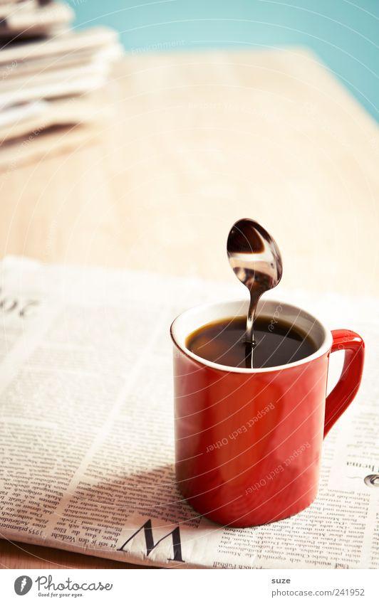 Palim Palim rot schwarz lustig Business stehen genießen Tisch Kreativität Idee Kaffee stark Information Pause Zeitung skurril Tasse