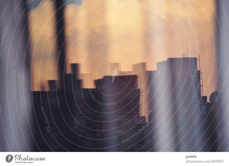 Parallelwelten Himmel Stadt Haus Wolken Fenster Gebäude Hochhaus verrückt außergewöhnlich Bauwerk Meinung Leiter Doppelbelichtung parallel Verzerrung