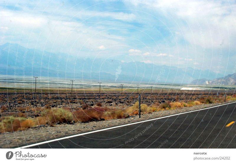 street [1] leer Amerika Südwest schlechtes Wetter Straße USA Wolken Einsamkeit karg Berge u. Gebirge