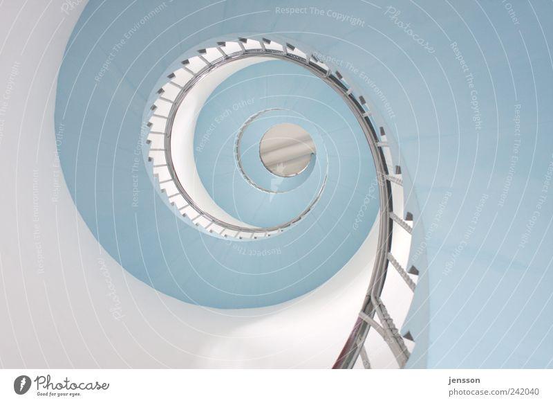 himmelblaue Himmelsleiter Wohnung Haus Turm Leuchtturm Bauwerk Gebäude Architektur Mauer Wand Treppe drehen hell rund weiß Bewegung Wandel & Veränderung