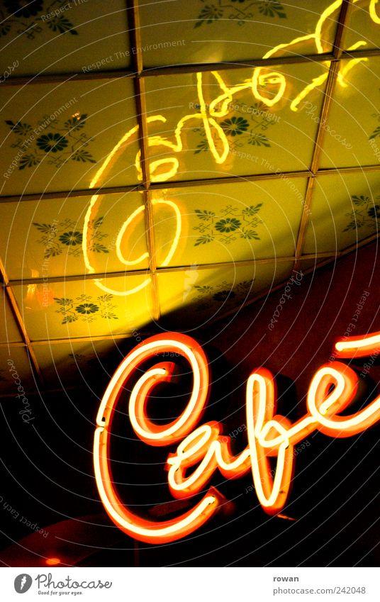 café Erholung Dekoration & Verzierung ausgehen alt retro Café Leuchtreklame Decke Reflexion & Spiegelung Werbung Farbfoto Innenaufnahme Menschenleer Tag