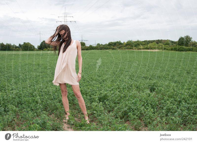 #242101 Frau Himmel Natur schön Wolken Erwachsene Einsamkeit Erholung Stil Traurigkeit träumen Horizont Feld frei natürlich einzigartig
