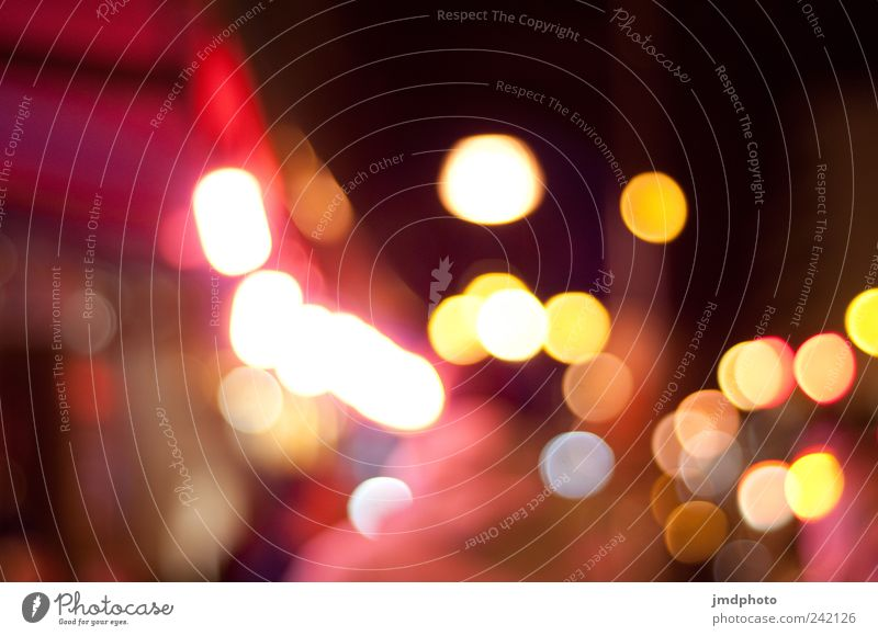 lights Freude Farbe dunkel Bewegung Glück träumen Feste & Feiern Angst glänzend Energiewirtschaft leuchten geheimnisvoll Kreativität Müdigkeit Stress Straßenbeleuchtung