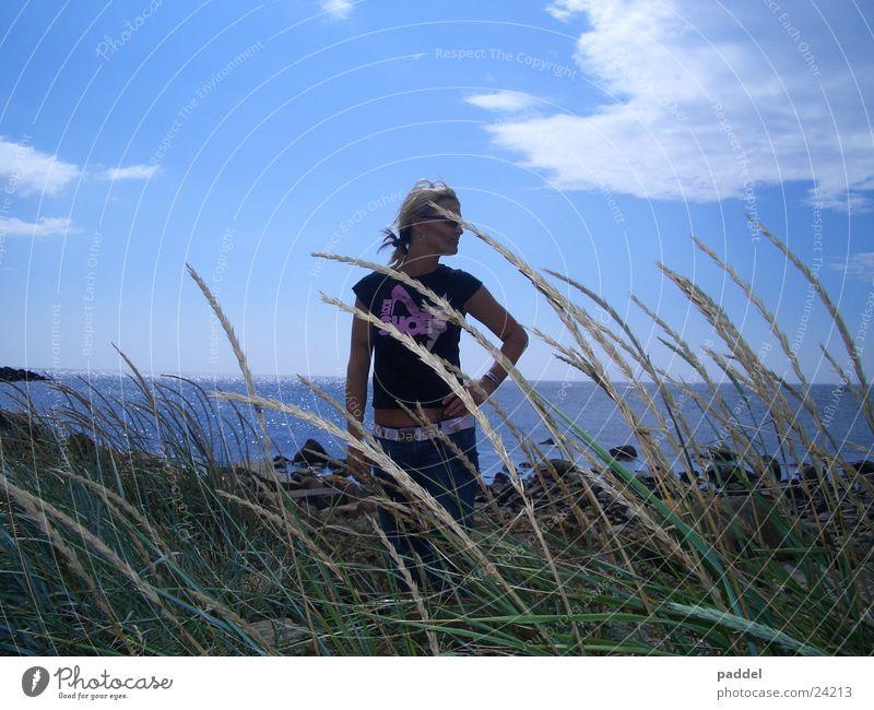 summerdays Sommer Strand Physik Frau Sonne Schweden Wärme