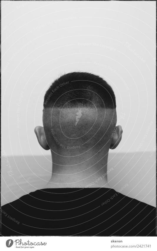den Hinterkopf des jungen Mannes. Mensch maskulin Junger Mann Jugendliche Erwachsene Körper Haut Haare & Frisuren 1 18-30 Jahre Jugendkultur Subkultur Skinhead