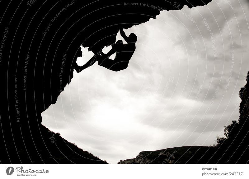 anhänglich Mensch Himmel Natur Jugendliche Ferien & Urlaub & Reisen Freude Wolken schwarz Sport Freiheit Berge u. Gebirge Bewegung Stil Kraft Freizeit & Hobby Felsen